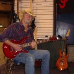 JP Guitars Custom Made Hand Crafted Guitars Puyallup Wasington - Musician Artists Image (8)